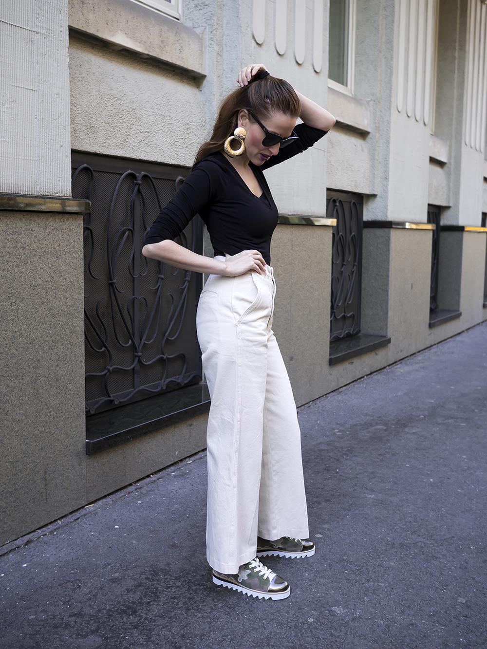 Biele zvonové nohavice