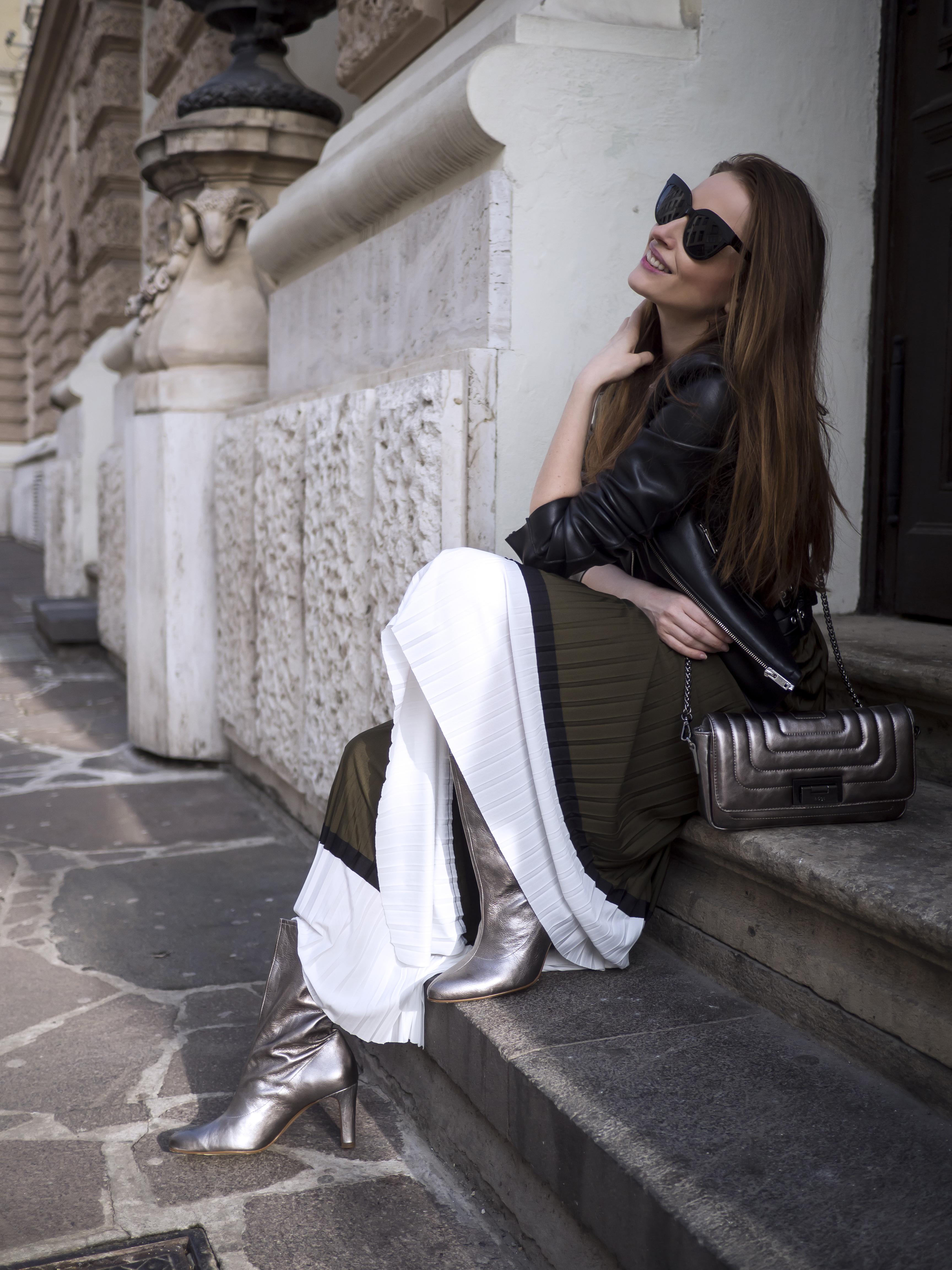 Skladaná sukňa - trendy na jar