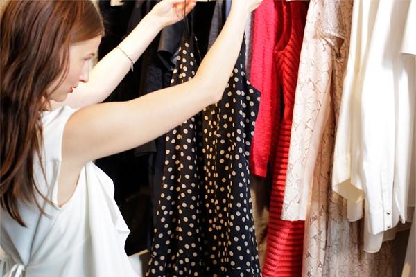 Revízia šatníka - Poriadky v šatníku