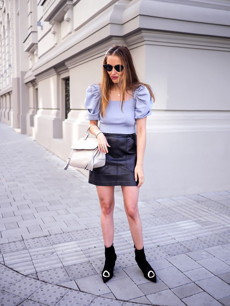 Leather skirt street style